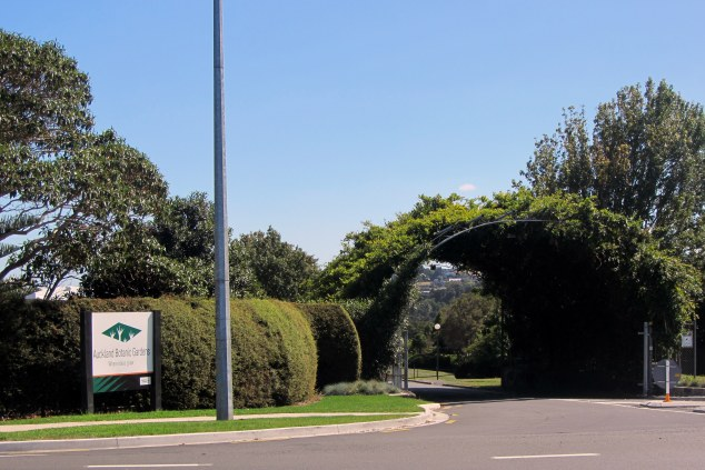 Entrance to Auckland Botanic Gardens, Hill Road, Manurewa