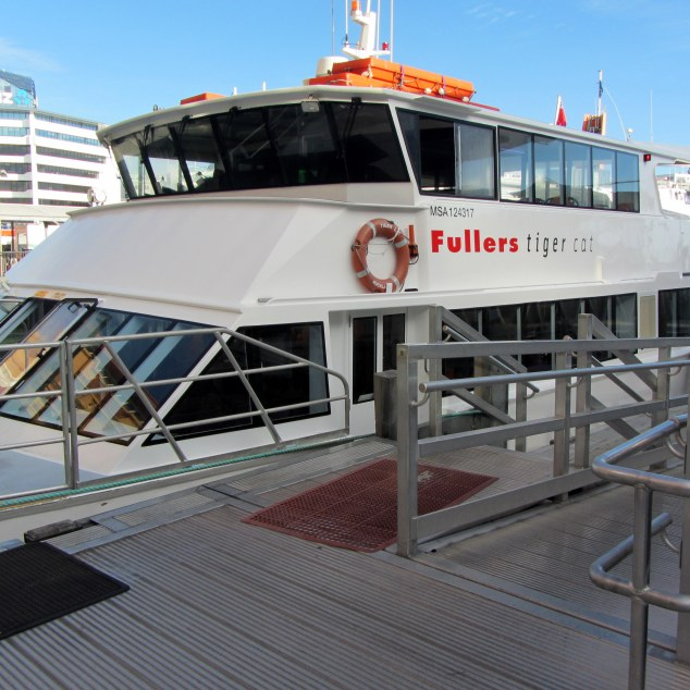 Fullers' ferry boarding at Pier 1, Downtown Ferry Terminal