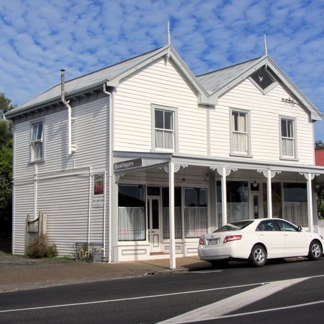 Gumdiggers Restaurant, originally a drapers shop. Building built 1910