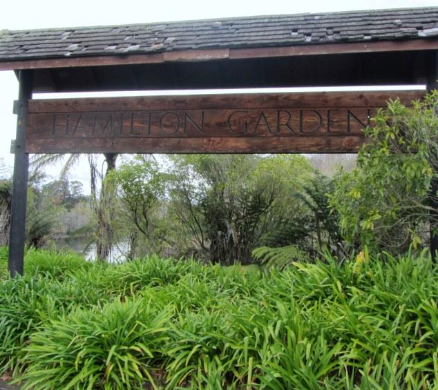 Path to Hamilton Gardens