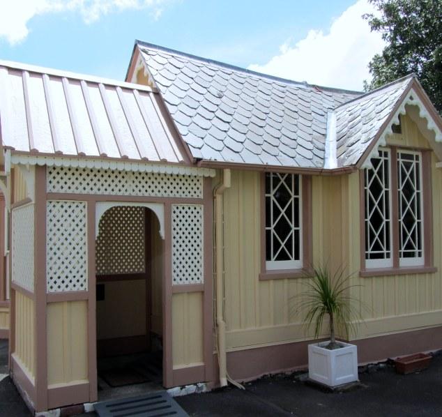 Billards House