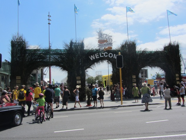 Welcome arch, Queens Wharf
