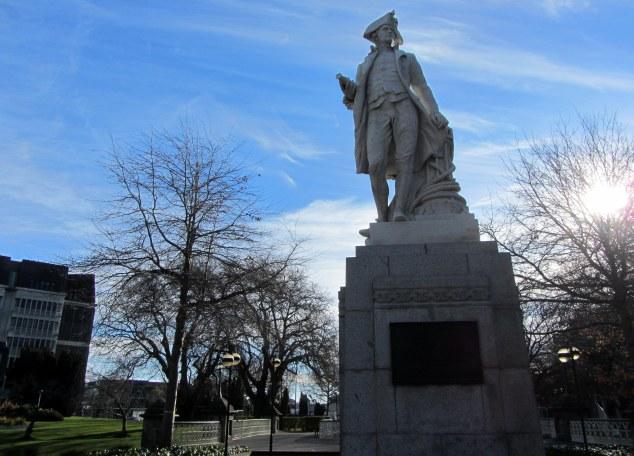 Cook Statue, Victoria Square